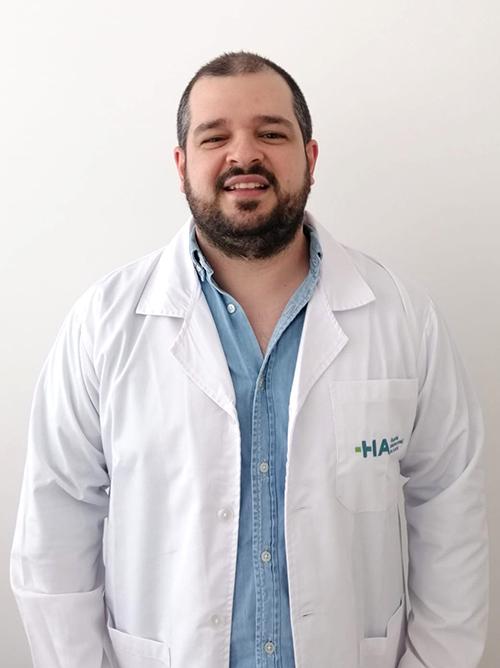 Dr. Henrique Medeiros
