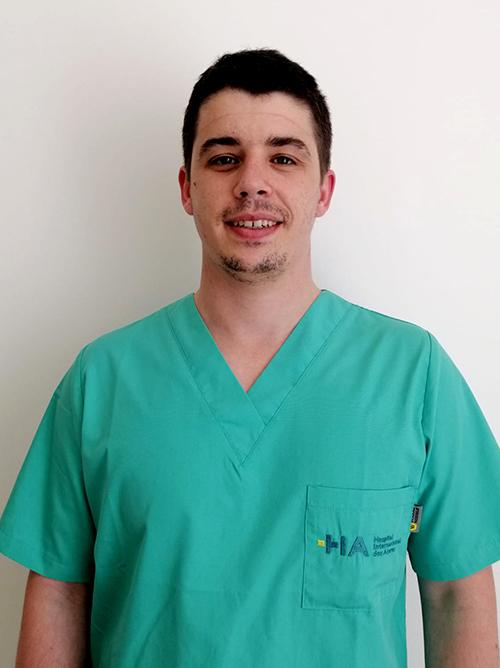 Dr. Ricardo Simões